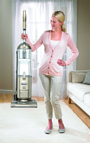 Review Top 2 Self Propelled Upright Vacuum Cleaners